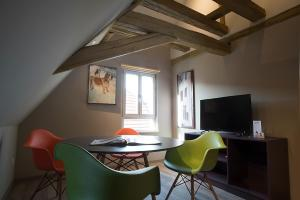 AD1716 Apartments - Esselbach