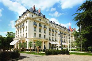 Waldorf Astoria Trianon Palace Versailles (1 of 39)