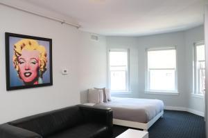 Stylish Newbury Street Studio, #2