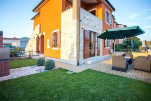 One-Bedroom Apartment in Pula/Istrien 17492 - Valdebek