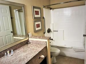 Comfort Inn & Suites Huntington Beach, Hotels  Huntington Beach - big - 6