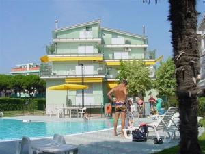 Apartment in Lido di Jesolo with One-Bedroom 1 - AbcAlberghi.com
