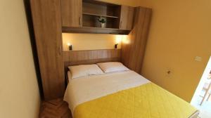 Apartment in Malinska/Insel Krk 12950, Apartments  Malinska - big - 10