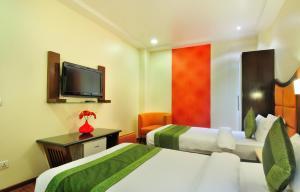 Hotel Aura, Отели  Нью-Дели - big - 128