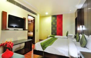 Hotel Aura, Отели  Нью-Дели - big - 130