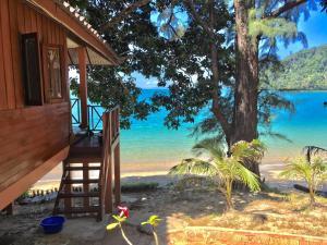Marina Resort Koh Phayam - Ban Nam Sai