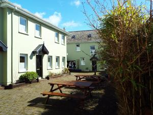 An Capall Dubh B&B, Bed and Breakfasts  Dingle - big - 27