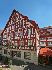 Hotel-Restaurant Ochsen - Berghülen