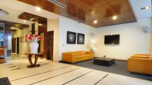 Hotel Aura, Отели  Нью-Дели - big - 140