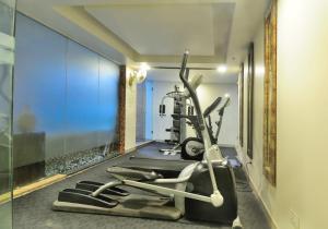 Hotel Aura, Отели  Нью-Дели - big - 135