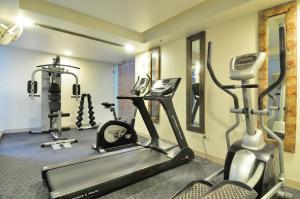 Hotel Aura, Отели  Нью-Дели - big - 134