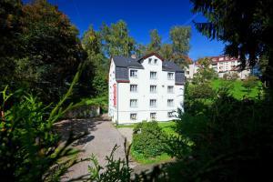 Hostels e Albergues - Pytloun Penzion Zelený Háj