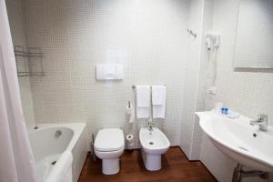 Hotel Esperia, Отели  Ро - big - 53