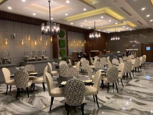 Q Suites Jeddah by EWA, Hotely  Džidda - big - 56