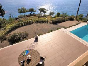 Villa Diamante by Olive Villa Rentals Argolida Greece