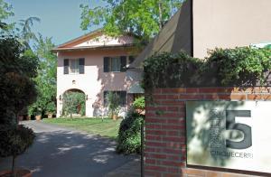 Hostels und Jugendherbergen - Locanda Dei Cinque Cerri
