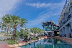 Phuengluang Riverside Hotel Chanthaburi - Ban Na Pa