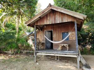 Tommy's Garden Bungalows - Koh Chang Ranong
