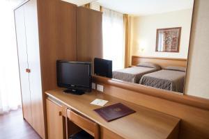 Hotel Esperia, Отели  Ро - big - 24