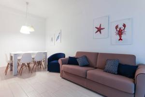 Anna Apartment Mare e Pineta - AbcAlberghi.com