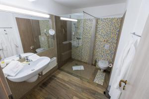 Hotel Casa David, Hotely  Craiova - big - 7