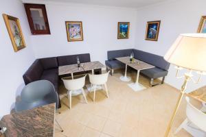 Hotel Casa David, Hotely  Craiova - big - 40