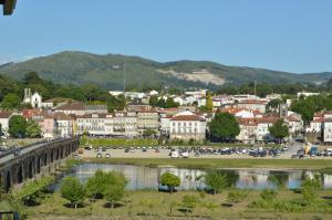 Alojamento Local Largo d'Alegria, Appartamenti  Ponte de Lima - big - 59