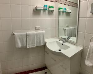 Ensenada Motor Inn and Suites, Motelek  Adelaide - big - 16