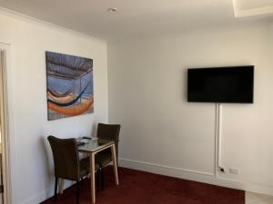 Ensenada Motor Inn and Suites, Motelek  Adelaide - big - 76