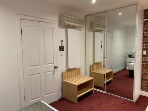 Ensenada Motor Inn and Suites, Motelek  Adelaide - big - 78