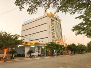 Dong Nam Hotel, Hotels  Phan Rang - big - 17
