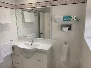 Ensenada Motor Inn and Suites, Motelek  Adelaide - big - 87