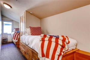 Superior Point #1B - Apartment - Alta