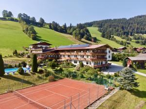 Hotel Lenzenhof - Oberau