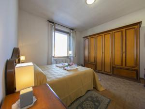 Apartamento con terraza  Casa Amabile With Pool