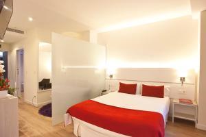 Hotel Pompaelo (15 of 135)