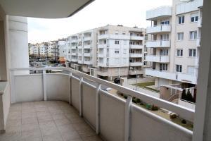 Apartament FJ #12