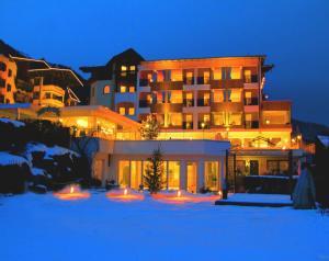 Alpenhotel Stefanie - Hotel - Hippach
