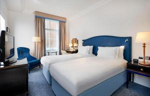 The Waldorf Hilton (30 of 50)