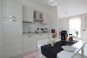 Feel Like Home In Milan, Apartments  Milan - big - 4