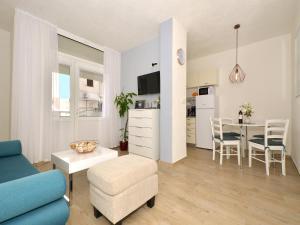 Apartment Arya, 21300 Makarska