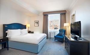 The Waldorf Hilton (2 of 50)