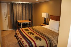 Lakeshor Motor Inn - Hotel - Virginia