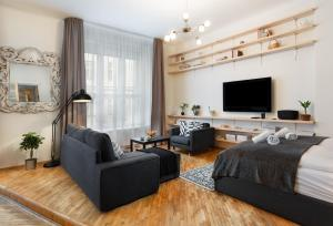 Exclusive Old Town Apartments