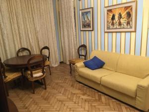 Ampio appartamento centrale - AbcAlberghi.com