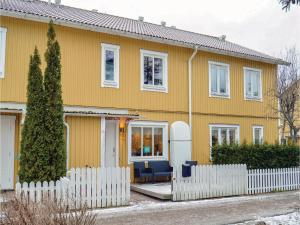 Three-Bedroom Holiday Home in Gustavsberg - Stockholm