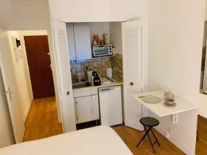 Apartment Rue de la Pompe