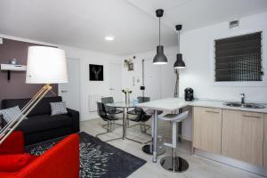 obrázek - Brand new elegant 3 bedroom apartment