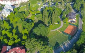 Villas and apartments Oaza - Hotel - Sarajevo