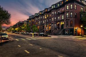 Charming Studio in Boston Brownstone, #6